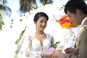 Xem ngày cưới hỏi theo tuổi để hạnh phúc vợ chồng bền vững